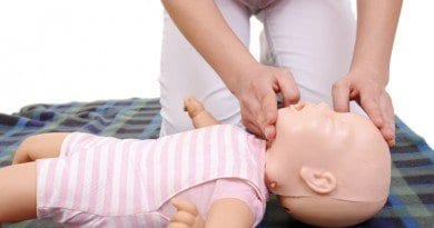 bigstock-Infant-Mouth-To-Mouth-Resuscit-3181151