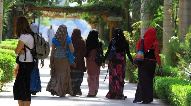 Muslim nursery worker loses legal battle