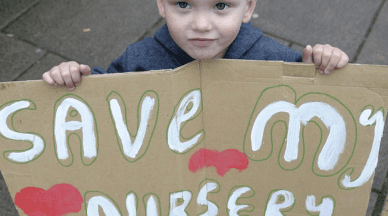 """Parents rally to keep """"inadequate"""" nursery open"""