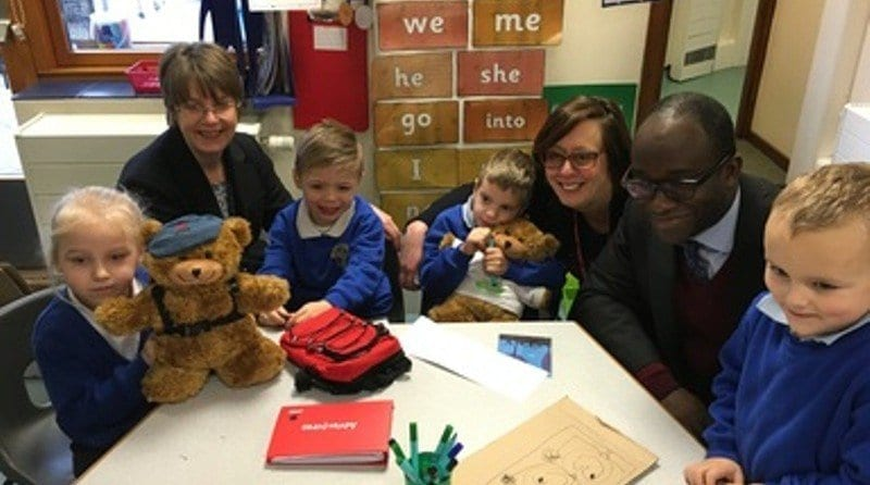 Minister supports 'Starting School Together' project