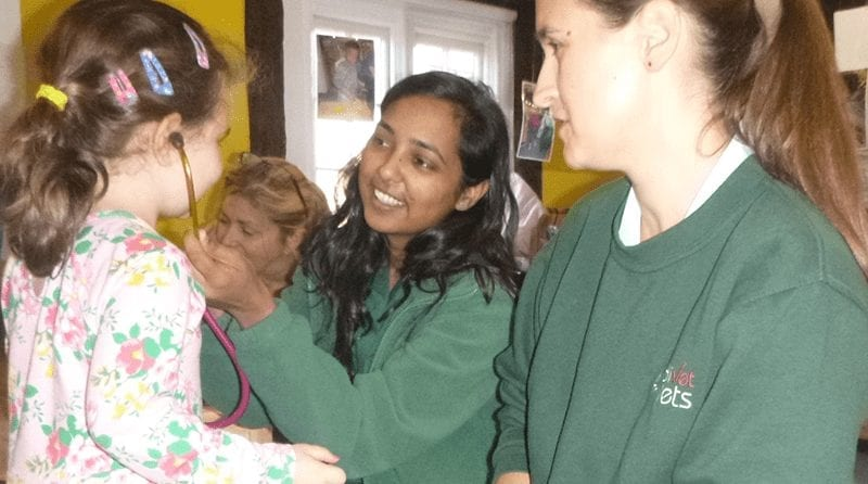 Veterinary Nurses visit Boys & Girls Nursery Stanmore