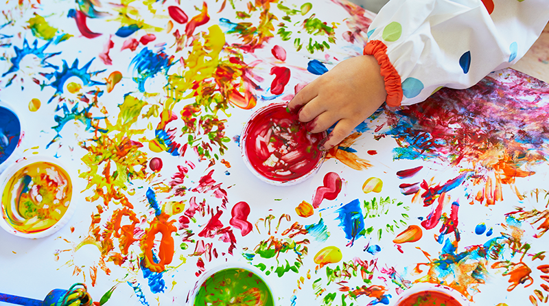 The importance and benefits of messy play